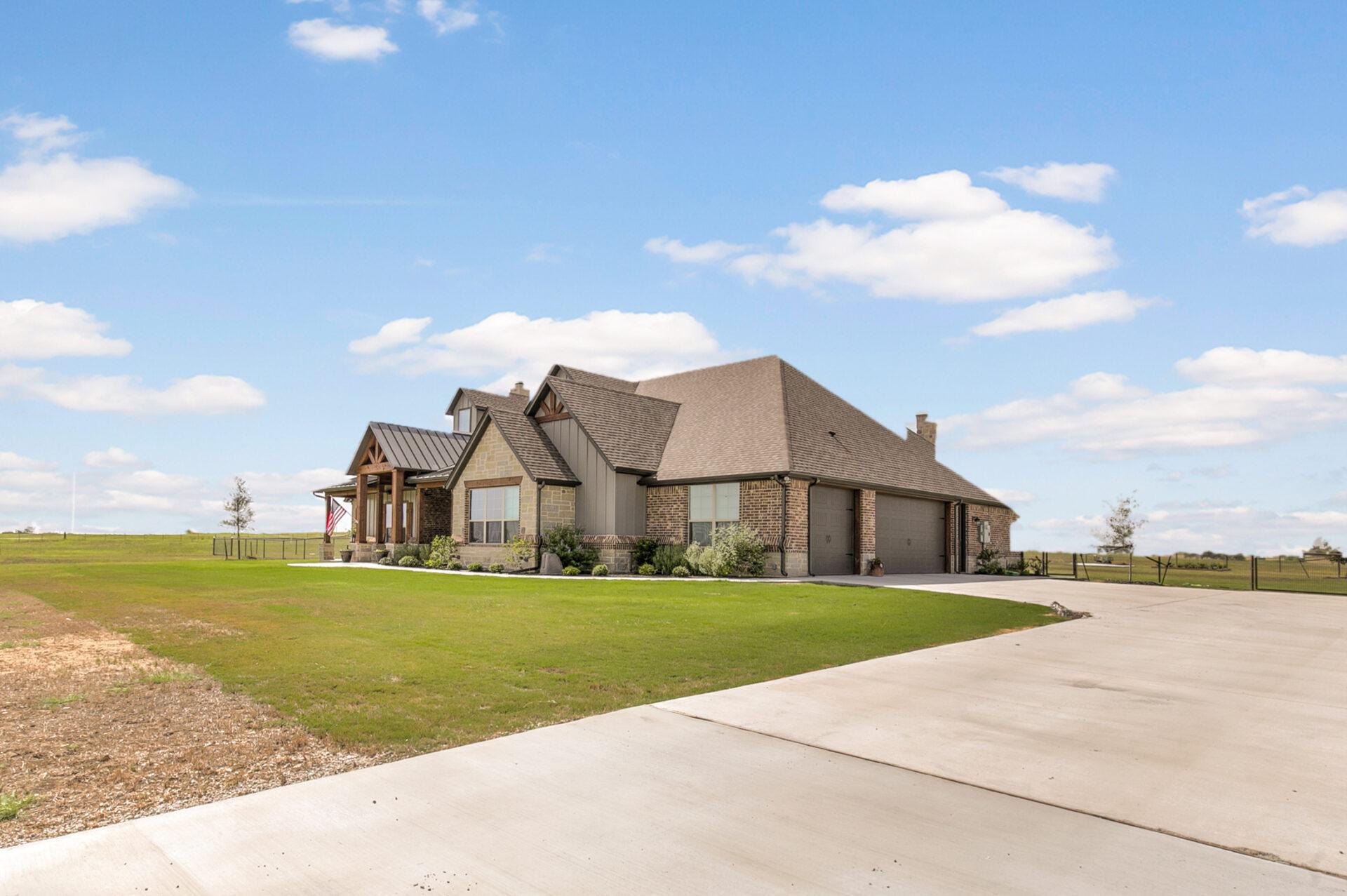 Executive Series: Modified Marion – Dixon Residence